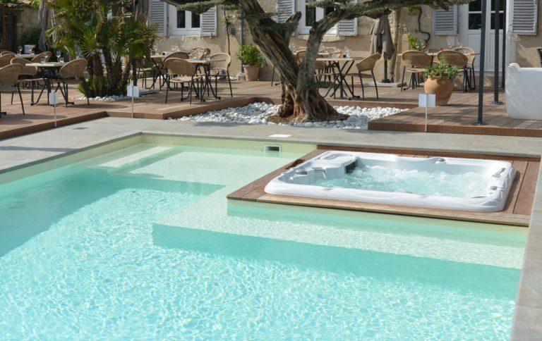 Sundance Spas pool install in Papillion, NE